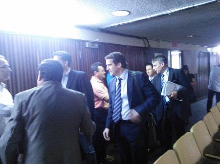Enrique Sanza, Secretario General de la CONCACAF, a su llegada al recinto.