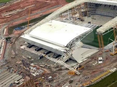 Accidente en el estadio de Sao Paulo. Foto: Daily Mail