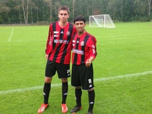 Alex Oikkonen y Jackie Marrero en el Kultsu FC. (Foto: FutbolPR)