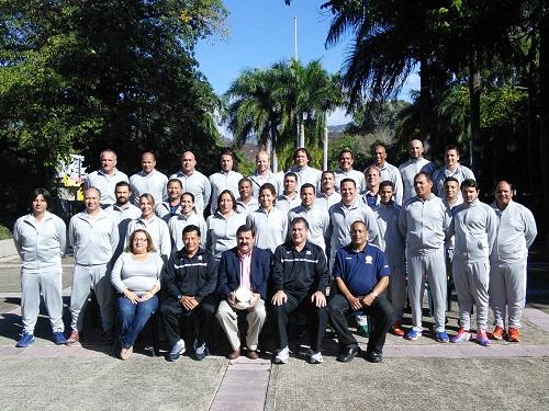 Foto grupal del curso de tecnificación de CONCACAF en el ALbergue Olímpico