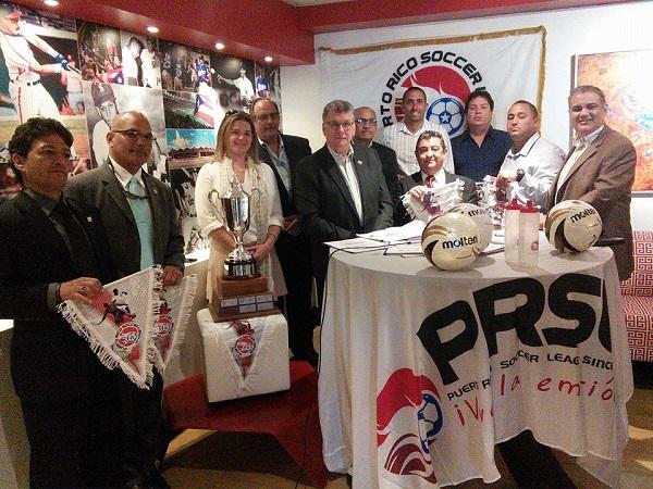Dueños de clubes de la PRSL con Soleil Thon.