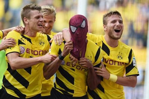 Celebración durante el partido de ls Súper Copa de Alemania. Foto: Mirror. co.uk