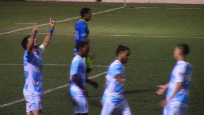 Olvin Ortiz, celebrando un gol ante el Bayamón FC B, en el Torneo Apertura de la Puerto Rico Soccer League con el Atlético Fajardo