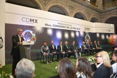 Preentación Congreso 66 de la FIFA. por: http://fernandafamiliar.soy/