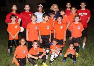 Santos FC y miembros del equipo superior cagueño, Sporting FC. Suministrada