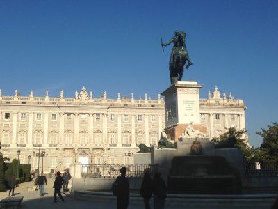 Palacio Real de Madrid (al fondo). Por Edwin R. Jusino