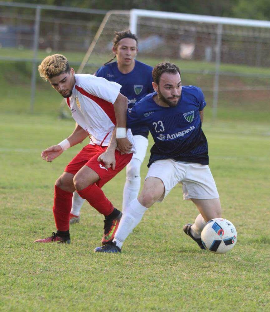 José Negrón (Izquierda) fue el anotador del gol de Sporting ante Fraigcomar. Suministrada