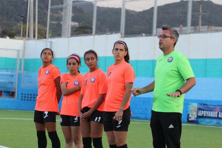 Caguas Sporting anuncia clínicas con David Guillemat