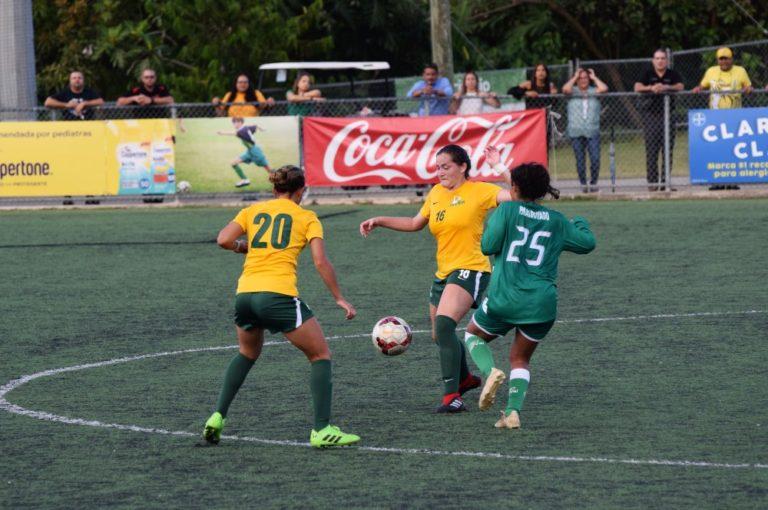 Tigresas y Juanas pusieron el pique en el inicio del torneo de fútbol femenino