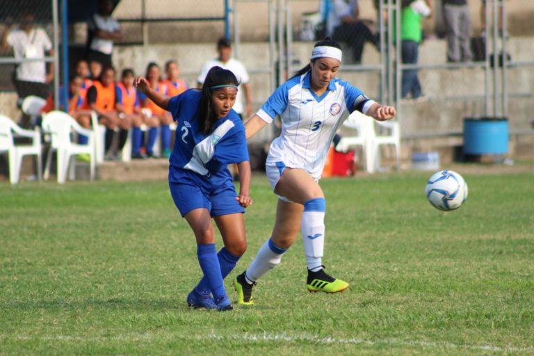 A competir con todo en la semifinal la Selección Sub 16 femenina