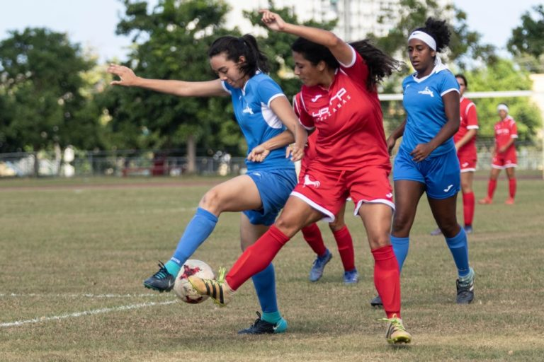Una fecha para definir los semifinalistas del fútbol femenino