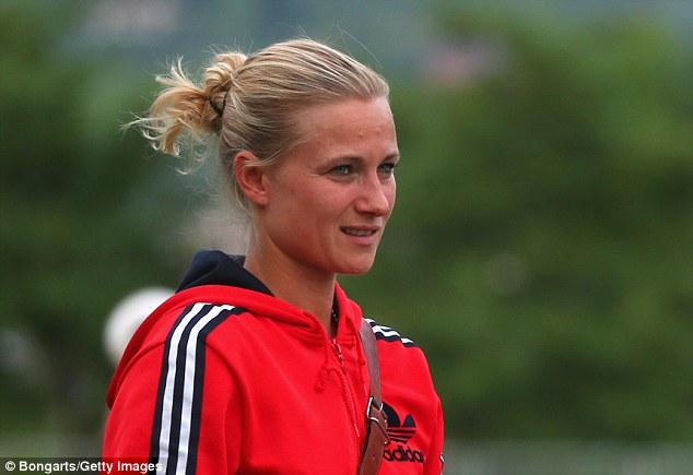 Conoce a Kathleen Kruger: la manejadora del Bayern Munich masculino